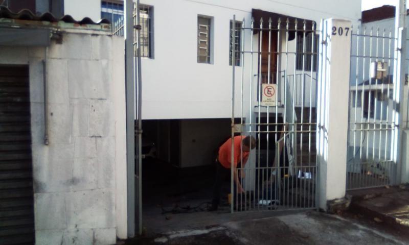 Conserto de portão