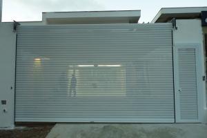 Porta de enrolar automática para garagem
