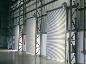 Porta de Enrolar – Lisa Fechada – Modelo – PMC01-05
