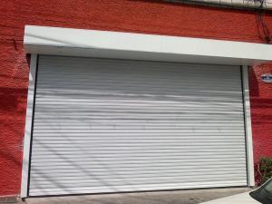 Porta de Enrolar – Lisa Fechada – Modelo – PMC01-07
