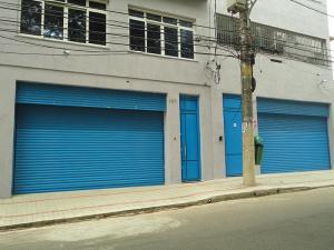 Porta de Enrolar – Lisa Fechada – Modelo – PMC01-25