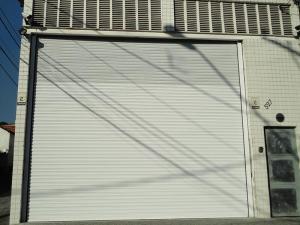 Porta de Enrolar – Lisa Fechada – Modelo – PMC01-28