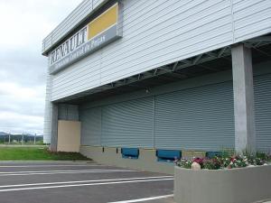 Porta de Enrolar – Lisa Fechada – Modelo – PMC01