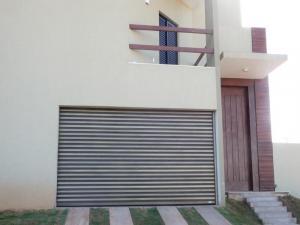 Porta de Enrolar – Lisa Fechada –  PMC01-2