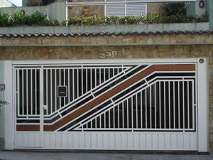 Portão Automático – Aço Tubular com Madeira – ATM – 08